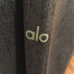 ALO yoga gray yoga pants